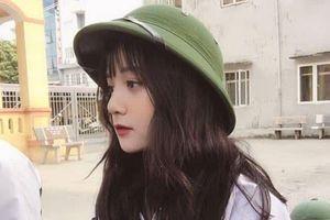 Nữ sinh Hưng Yên 'gieo thương nhớ' với bức ảnh đi học quân sự