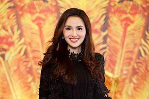 Hoa hậu Diễm Hương: Từng bị mẹ ruột từ mặt