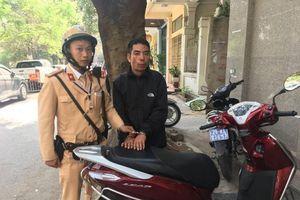 Kẻ trộm xe máy ở Nam Định bị CSGT Hà Nội tóm gọn