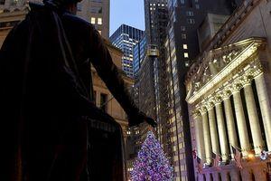 Tan băng đêm Giáng sinh, Dow Jones tăng vọt hơn 1.000 điểm