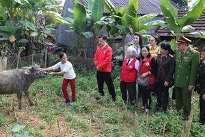 Mang yêu thương đến với đồng bào nghèo ở Cao Bằng