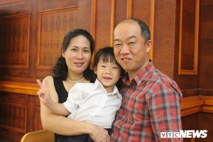 Bí quyết giữ lửa hôn nhân của cặp vợ chồng Hàn – Việt giành giải 'gia đình của năm'