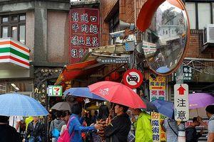 Chặn người Việt đi du lịch rồi 'biến mất'