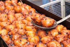 Món ăn đặc trưng đón năm mới của các nước phương Tây