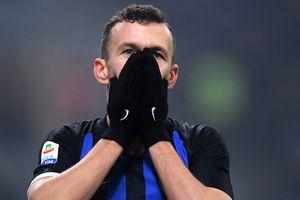 Serie A đối mặt nguy cơ đình chỉ sau cái chết của một CĐV