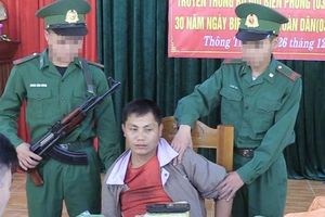 Bắt người Lào vận chuyển ma túy 'khủng' vào Việt Nam