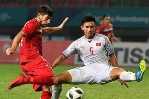 Đoàn Văn Hậu được gọi là 'Maldini của Đông Nam Á'; MU sẽ ký dài hạn Solskjaer