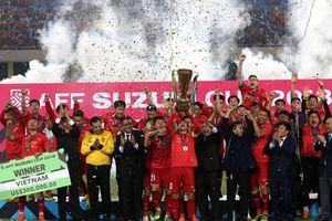 Đội tuyển Việt Nam giành Cúp Chiến thắng