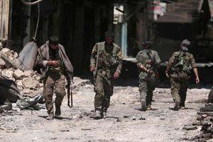 Người Kurd dâng Manbij cho quân đội Syria để né đòn Thổ Nhĩ Kỳ