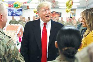 Tổng thống Trump bất ngờ thăm binh sĩ Mỹ ở Iraq