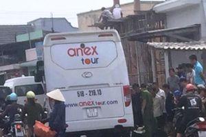 Người đàn ông tử vong sau va chạm xe khách ở Mũi Né
