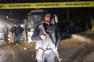 Hiện trường vụ đánh bom tại Ai Cập khiến ít nhất 12 người Việt thương vong