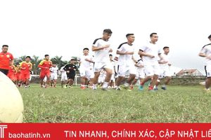 CLB Bóng đá Hồng Lĩnh Hà Tĩnh đặt mục tiêu vô địch Hạng nhất 2019