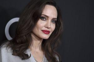 Angelina Jolie úp mở khả năng dấn thân vào con đường chính trị