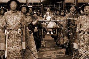 Hành trình đau đớn và tủi nhục để trở thành Hoạn quan trong các triều đại phong kiến Trung Quốc