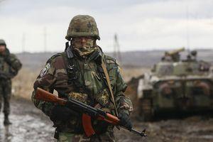 Ukraine cáo buộc Nga âm mưu sử dụng vũ khí hóa học ở Donbass