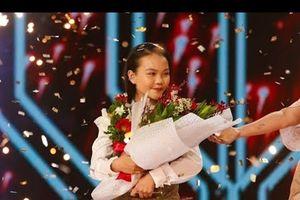 Khoảnh khắc Hà Quỳnh Như vỡ òa khi đăng quang 'The Voice Kids 2018'