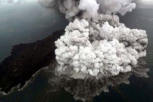 Núi lửa Indonesia giảm 2/3 độ cao sau đợt phun trào gây sóng thần