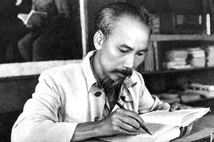 Học tập, làm theo tư tưởng, đạo đức, phong cách Hồ Chí Minh: Nhiệm vụ của mỗi cán bộ, đảng viên trong Đảng bộ Bộ Tư pháp