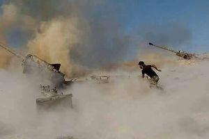 Pháo binh, tên lửa quân đội Syria giáng trả quyết liệt quân thánh chiến cực đoan ở Hama