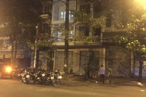 Hơn 40 thanh niên cầm hung khí, hỗn chiến kinh hoàng ở Sài Gòn