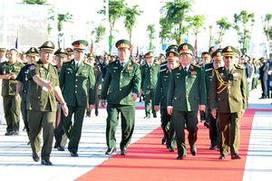Đại tướng Ngô Xuân Lịch dự Lễ khánh thành Tượng đài Thắng-Thắng