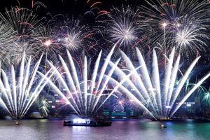 Singapore, Triều Tiên, Hong Kong rực rỡ trong pháo hoa giao thừa