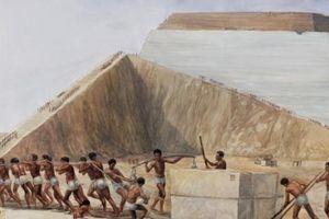 Giật mình với phát hiện bên trong kim tự tháp
