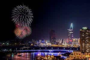 Địa điểm nào ở TPHCM xem pháo hoa đẹp nhất đêm giao thừa?