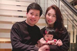 Khoe tổ ấm đẹp như mơ, hoa hậu Đặng Thu Thảo háo hức khi ái nữ được đón năm mới đầu tiên trong đời