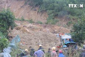 Sạt lở núi ở Khánh Hòa chôn vùi 2 ngôi nhà, 3 người tử vong