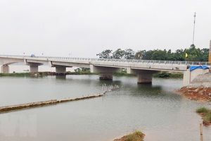 Thu phí qua cầu Việt Trì - Ba Vì bắc qua sông Hồng từ 4-1-2019