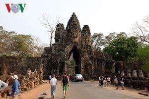 Campuchia thu về 116 triệu USD từ vé tham quan Đền Angkor Wat