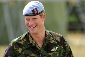 Hoàng tử Harry có vai trò như thế nào trong gia đình Hoàng gia Anh?