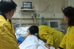 Vợ hôn chồng trước khi hiến tạng: 'Tôi vẫn thường làm thế'