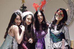 Hội bạn thân 'rich kid' xinh đẹp, nổi tiếng của hot girl Lào gốc Việt