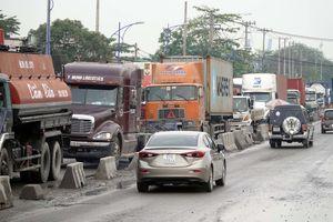 TP.HCM 'nới' hành lang cho xe tải nặng
