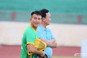 Tiền vệ Nguyễn Quang Tình chính thức trở lại SLNA