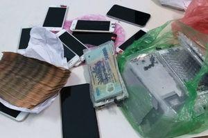 Bắt 'siêu trộm' đột nhập cửa hàng điện thoại cuỗm hàng trăm triệu đồng