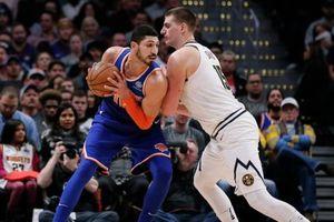 Xảy chân cuối trận, Knicks gục ngã đáng tiếc dưới chân Nuggets