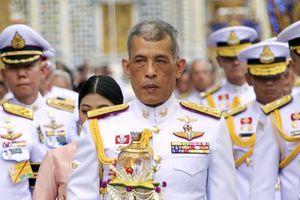 Nhà vua Thái Lan chính thức đăng quang vào tháng 5