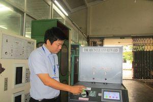 Bình Định: Máy đổi vỏ chai, vỏ lon tự động hướng tới bảo vệ môi trường