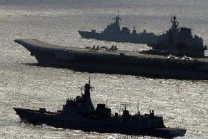 Tướng Trung Quốc kêu gọi đánh chìm 2 tàu sân bay Mỹ trên Biển Đông, gây thương vong 10.000 người