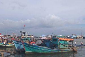 Bão Pabuk giật cấp 10 tiến gần Nam Bộ: Một tàu cá Bạc Liêu đang chết máy giữa biển