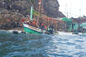 Kiên Giang: Khách du lịch còn kẹt lại đảo Nam Du do bão số 1 Pabuk