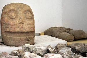Phát hiện đền thờ vị thần bọc da người ở Mexico