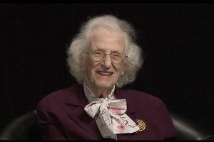 'Mẹ đẻ' của kính thiên văn vũ trụ Hubble ra đi ở tuổi 93