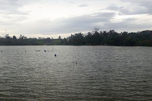 Phát hiện người đàn ông tử vong nổi trên mặt hồ