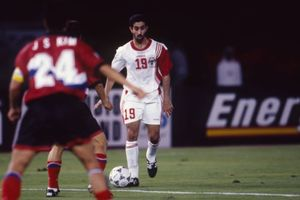 Khai mạc Asian Cup: Kỳ tích UAE, Úc phá 'lời nguyền'