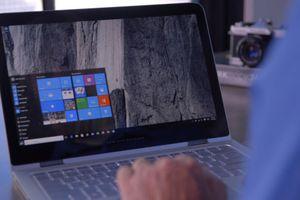 Windows 10 vượt Windows 7 trở thành hệ điều hành phổ biến nhất thế giới